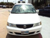 THIS 2003 HONDA ODYSSEY HAS A CLEAN CARFAX AND IS A