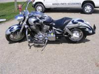2003 Honda VTX1800 Tribal paint, highway bars, and lots