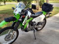 Very nice senior owned KLX400 with only 8K miles. Lots