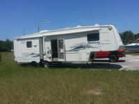 32' 5th Wheel travel trailer Priced to sell, In great
