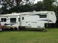 2003 Keystone Challenger Fifth Wheel in Excellent
