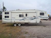 2003 Keystone Cougar 28Ft Fifth Wheel With Superslide