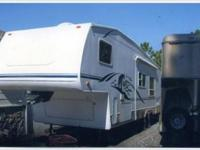 Description FINANCING AVAILABLE!!! 2003 Keystone Cougar