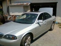 2003 LINCOLN LS V-8 that is automatic,leather,all power