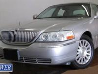 2003 Lincoln Town Car Executive For