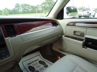 Here's a great deal on a 2003 Lincoln Town Car!