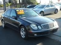 2003 Mercedes-Benz E500 ** Leather! Sunroof! Super