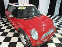 This 2003 MINI Cooper Hardtop 2dr 2dr Cpe Hatchback