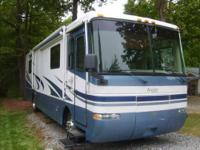 2003 Monaco Knight 36 PST diesel pusher, triple slide