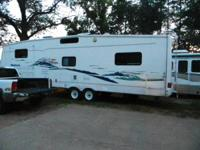 This 36' 5th Wheel is in mint condition. It is a