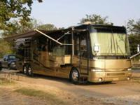 2003 Newmar Essex This Class A recreational vehicle