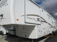 2003 NuWa Hitchiker 35CKQG 35 Foot Fifth Wheel 35'