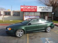 2003 Pontiac Grand Am SE 4dr Sedan 4-Cyl 2.2 Liter