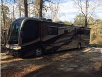 2003 Fleetwood Revolution 40C, Norcold 12 cu ft (4