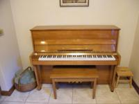 2003 SCHUBERT B-22 UPRIGHT PIANO. OAK POLISH FINISH,