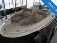 - Stock #075305 - Wow, what a great boat. This Sea Ray