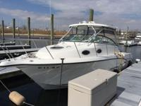 I am selling my 2003 Seaswirl 2901 Striper Walk Around.