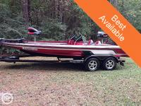 The ZX225 has raised bench for every single boat in its