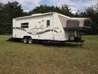 2003 Starcraft star shuttle 23TB large queeen bed in