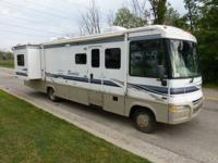 Made by Winnebago Industries this Itasca Sunrise 34D is