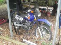SUZUKI DR200 DUAL PURPOSE MOTORCYCLE This is street
