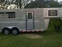 2003 TG Custom 2 Horse Gooseneck Travel Trailer
