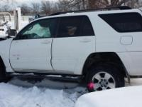 847-915-116 eight   2003 toyota 4 runner wrecked
