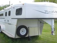 2003 Trails West Classic 3 Horse Gooseneck Trailer with