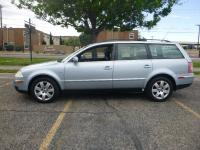 Options:  2003 Volkswagen Passat Glx