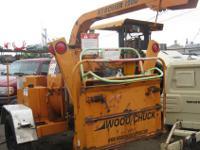 2003 Wood Chuck Hyroller 1200 Chipper (Gold) Make: Wood