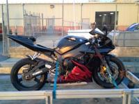 2003 Yamaha YZF-R1 with 16000 MILES ON IT Black with