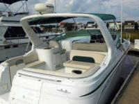 2003 Chris Craft 308 Express Value-priced family