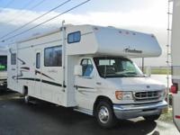2003 Coachmen Leprechaun 30ft Class C 28,000 miles