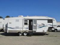 2003 Keystone Cougar 5th wheel ... 2 slideouts ... 30