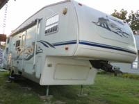 Price reduced, must sell. 2003 Keystone cougar 5th