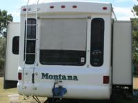 2003 Keystone Montana 3280RL * Double-Slide . Very well