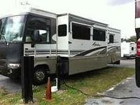 2003 Winnebago in excellent condition with only 51,000