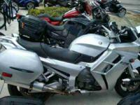 2003 YAMAHA FJR1300, Liquid Silver, the perfect pairing