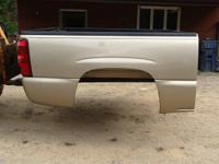 2004-2007 CHEVY TRUCK BED,  5 3/4FT. BED,  QUAD CAB,