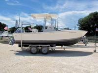 This 2004 21' Regulator 21SF Center Console is powered