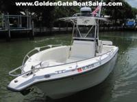 2004, 26' CENTURY 2600 Center Console Twin Gas YAMAHA