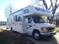 Type of RV: Class C Year: 2004 Make: Four Winds Model: