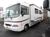* 2004 33' FOREST RIVER GEORGETOWN MOTORHOME RV *