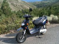 2004 APRILIA Italian Scooter 49cc. New excellent