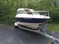 04 Bayliner cuddy cabin 20.8' in outstanding condition