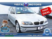 We are proud to present this beautiful 2004 BMW 325xi