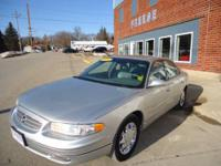 This 2004 Regal has heated leather seats, sunroof and