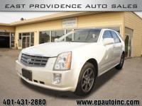 Exterior Color: white diamond, Body: SUV, Engine: 4.6 8