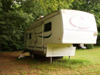 Top of the Line! 29 foot Forest River 5th wheel with