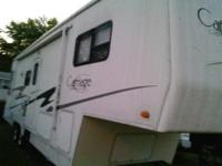 2004 Carriage Compass Cameo LXI Fifth Wheel F32.